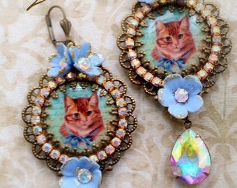 "Blue shabby ""cats"" earrings"