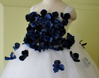 Flower Girl Dress, Tutu Dress, Photo Prop, White and Navy Blue Flowers, Tutu Dress, Birthday Wedding Party Holiday Bridesmaid Flower Girl
