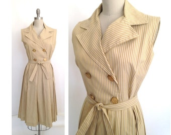Brass Button Dress / 1950s or 1960s Dress / California Girl label / Mad Men Style 50s or 60s Cotton Striped Dress / Vintage Day Dress/
