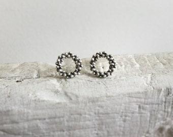 Minimal circle earrings-Sterling silver stud earrings-Silver dot earrings-Everyday jewelry-Tiny stud earrings-Geometric jewelry-