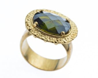 Gold Ring - Green Crystal - Green Ring - Artisan Rings - Hand Made Rings - Statement Ring - Gift For Her - Trendy Rings - Unique Rings