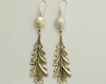 Silver leaves, long silver earrings, leaf dangle earrings, pearl earrings, botanical earrings, drop earrings - Swirling leaves 2  E2145