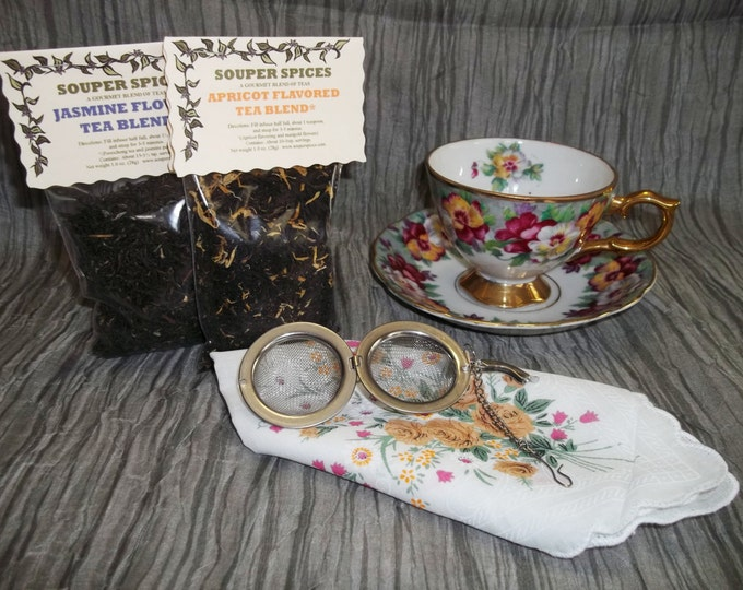 Tea Gift Set, Tea, Tea Set, Tea Cup, Tea Ball, Green tea, Loose Leaf Tea, Peach, Hibiscus, Black Currant, Minty Licorice, Vintage 1920's