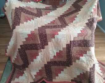 NEW price! Beautiful queen size log cabin quilt/quilt top
