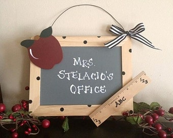 Teacher's Apple Classroom/office Sign - Personalized Teacher Gift