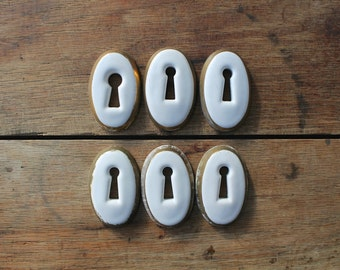 Antique Porcelain Keyhole, Vintage Hardware, Porcelain Escutcheons, Rustic Modern Home, Restoration, Assemblage Supplies, Photo Props