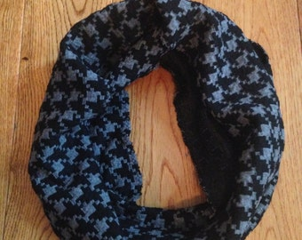 Black and Grey Houndstooth Toddler Infinity Scarf