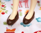 Middie Blythe Chocolate Brown Heart Slipper shoes