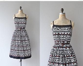 25% OFF.... World Traveler dress   vintage tribal print sundress • Lanz 80s does 50s dress