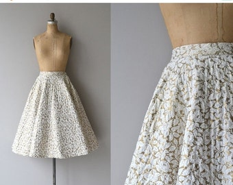 25% OFF.... Gilded Leaf skirt | vintage 1950s skirt | quilted 50s circle skirt