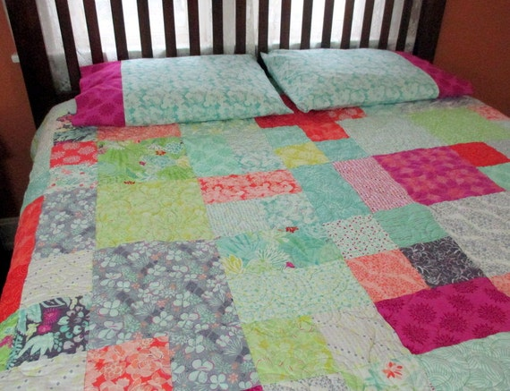 queen size quilt with pillow cases queen size patchwork. Black Bedroom Furniture Sets. Home Design Ideas