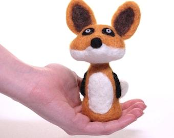Needle Felted Fox, Needle Felted Animal, Toy Fox, Animal Sculpture, Felt Animal, Wool