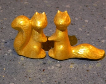 Squirrel Wedding Cake Topper in Gold Metalic  Woodland Forest  Animals -  squirrels vintage style