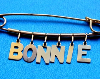 BONNIE Brooch Pin Name Brooch Gold Tone 1950s 1960s