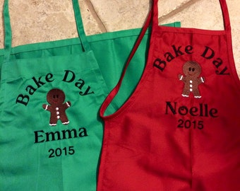 Childrens and adults  Christmas Apron  Personalized Embroidered  kids Christmas apron. Santa's helper