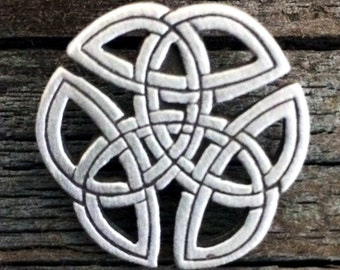 Celtic Knot Pewter Pin
