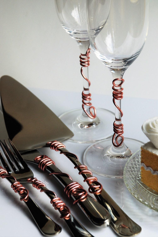 Rose Gold Simple Wire Wedding Cake Server Set Champagne Flutes