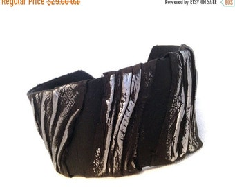 40% OFF Sale Casual Leather Cuff Bracelet. Black and silver color Leather Jewelry Wristban