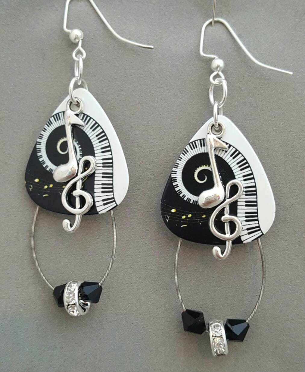 guitar pick and guitar string earrings crazy. Black Bedroom Furniture Sets. Home Design Ideas