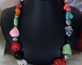 A Southwest Necklace of Many Colors.
