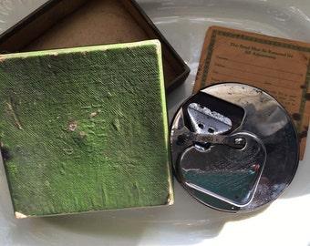 Antique Razor Sharpener KRISS KROSS Stopper Rhodes Mfg.  St. Louis original box