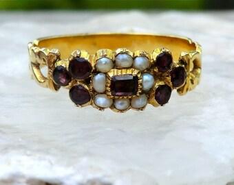 Early Victorian Late Georgian 18K Gold Garnet Pearl Ring Purple Rhodolite Garnets