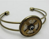 Steampunk Bracelet - Time Lock - Steampunk watch parts cuff - bracelet