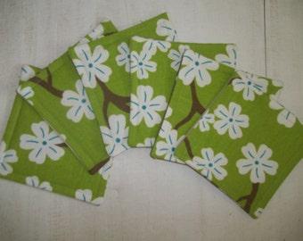 Fabric Coaster Set of 6 Mod Floral Dogwood Blossoms