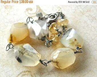 Summer Sale Chunky Agate Bracelet, Dendritic Agate Rough Cut Stone Bracelet, White Yellow Gold Bracelet, Boho Rustic Citrine Bracelet