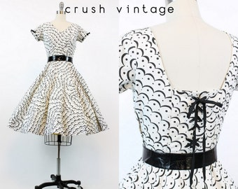50s Cotton Corset Dress XS Small / 1950s Vintage Lace Up Scalloped Dress / Cloudy Day Dress