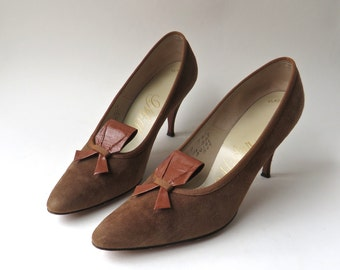 Mid Century vintage I. Miller Brown Suede Stilettos with Brown Leather Bows