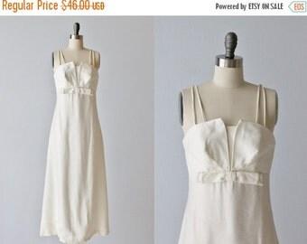 SALE Vintage White 1960s Dress / Formal Dress / Evening Dress / Sleeveless / Jackie O