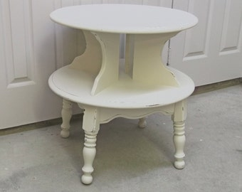 Shabby Cottage Style 2-Tier Round End Table / Nightstand - Chic TB101 Chippy Farmhouse Style