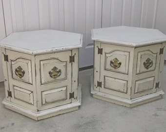 Shabby Cottage Style Hexagon End Table / Nightstand - Chic TB202 Chippy Farmhouse Style
