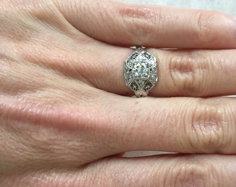 Vintage Edwardian Platinum Diamond Filigree Engagement Ring