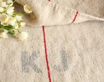 B 87: grainsack, Antique linen, deep RED; pillow cushion;  upholstering; bathmath, tabelerunner, christmas, thanksgiving