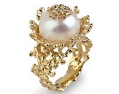 CORAL FLOWER Pearl Diamond Ring, Gold Pearl Diamond Engagement Ring, 14k Gold Pearl Ring, Large Pearl Ring,Organic Gold Ring