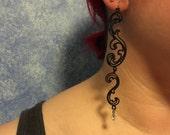 Eloquent Vines long Lightweight Nylon earrings black