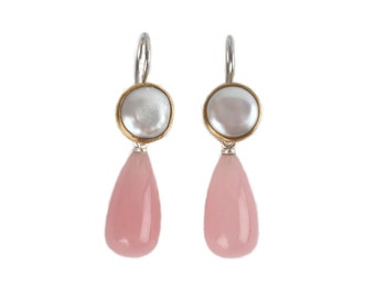 earrings with flat pearls and drops of guava quatz