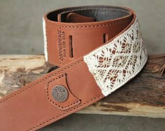 Gold Byrd Lace Guitar Strap