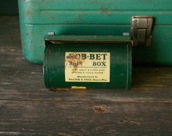 Vintage Metal Bait Box Fishing Green Half a Turn and Theres Your Worm 1950 to 1960s Vintage From Nowvintage on Etsy