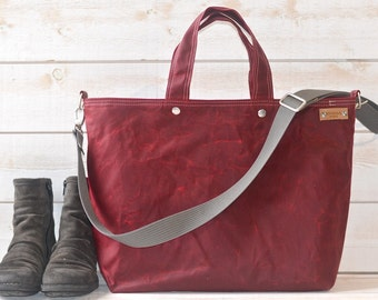 Waxed canvas bag, Diaper bag, waxed Messenger bag, Waxed Tote,Bordeaux, Weekender, Men messenger, Travel bag, Zipper and 5 Pockets