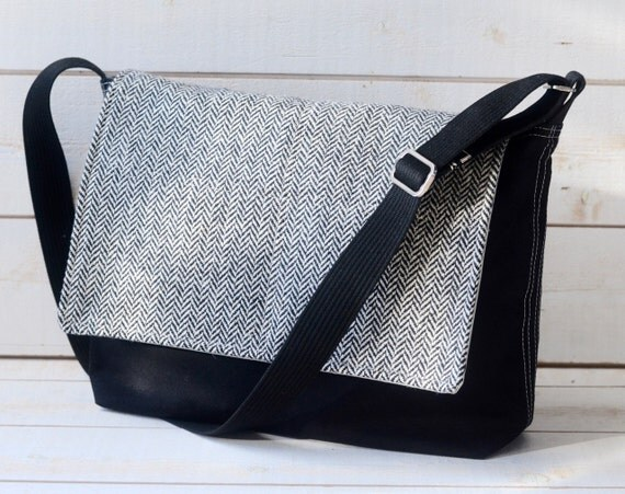 Black Canvas Messenger Bag -  Laptop Messenger Bag - Messenger Bag - Crossbody /xmas gift /gift for him/gift for her
