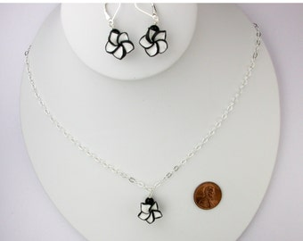 Dainty Black and White Necklace Set