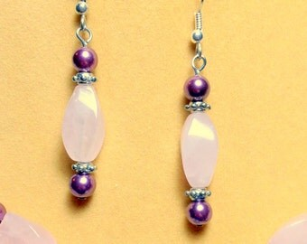 SALE   Rose Quartz and Fushia Pearl Earrings / Gemstone Earrings / Dangle Earrings / Long earrings