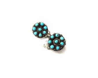 Dainty Circular Unmarked Sterling Silver Vintage Southwestern Native American Genuine Turquoise Cabochon Clip On Earrings