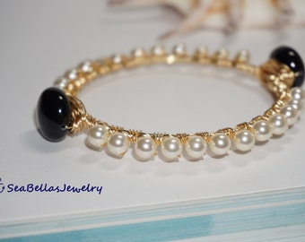 Cream Black Pearl wire wrapped Bangle Bracelet, stackable bangles, gift for her, Maid of honor, Bridal gift, Wedding,beach jewelry, bangles