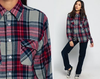 Grunge Flannel Plaid Shirt 70s Red Navy Blue Checkered Lumberjack 1970s Vintage Button Up Long Sleeve Shirt Top Pocket Small Medium