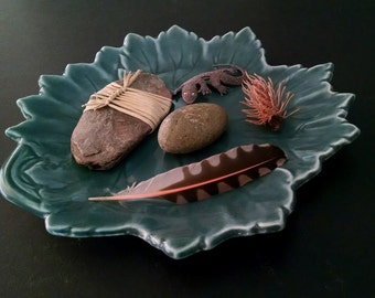 Vintage Leaf Plate Serving Dish Display Pedestal Nature Decor