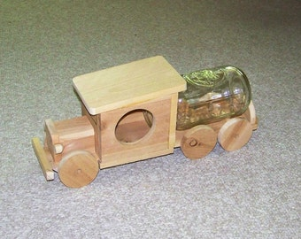 Rustic Old Truck Wooden Squirrel Feeder